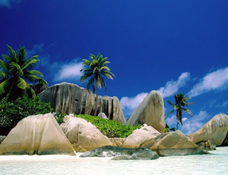 Поток туристов на Шри-Ланку в январе-апреле вырос на 18%
