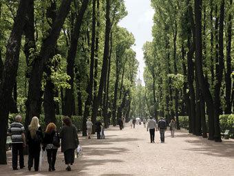 В Петербурге после реставрации открылся Летний сад