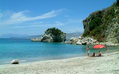 Албания отменила визовый режим для российских туристов