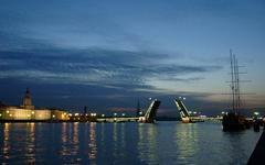 Белые ночи оказали влияние на аренду квартир в Санкт-Петербурге