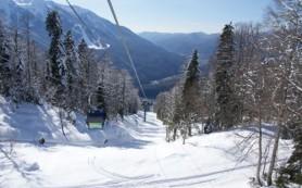 Более полумиллиона туристов посетили горнолыжные курорты Сочи в нынешнем зимнем сезоне