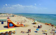 В Анапе открыли для купания 49 городских пляжей
