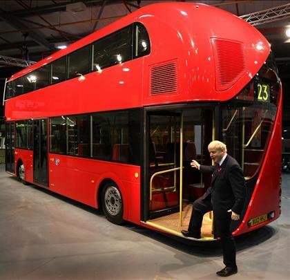 Автобусы-даблдекеры появились в Москве