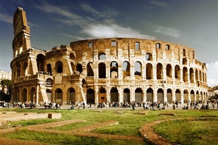 Туристов не подпустят к Колизею