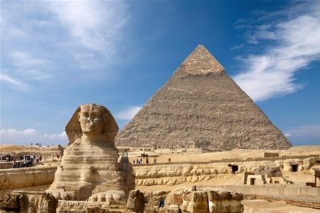 В Египте могут разрушить пирамиды и Сфинкса