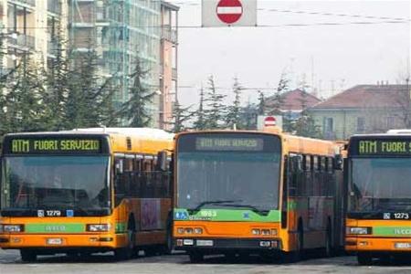 В Барселоне началась двухнедельная забастовка автобусов