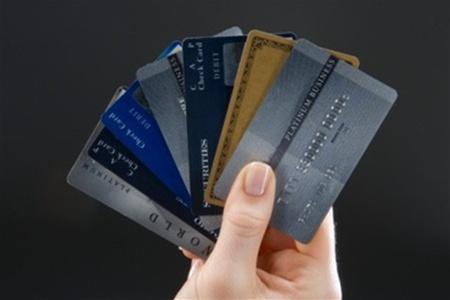 Что делать, если за границей банкомат заблокировал карточку