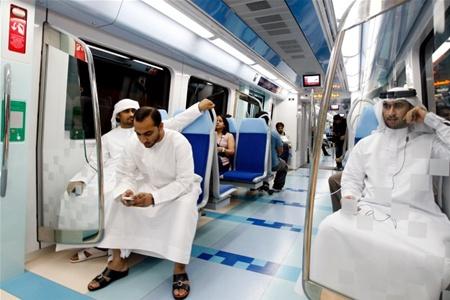 В метро Дубая нельзя провозить алкоголь