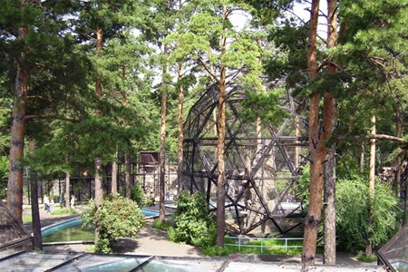 В зоопарке Праги появится павильон для попугаев