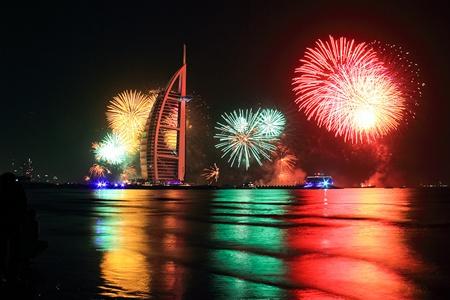 В Дубае для туристов устроят шоу фейерверков