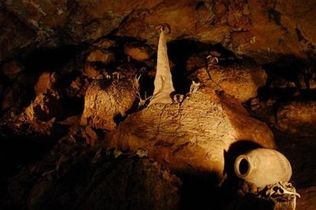 Красная пещера в Крыму отныне закрыта для туристов