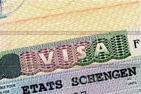 Введение универсального списка документов для оформления шенгенских виз — «дело времени» считает МИД
