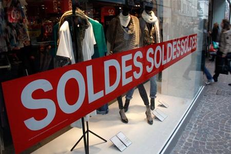 Распродажи во Франции начнутся 9 января