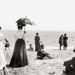 Какими были пляжи сто лет назад