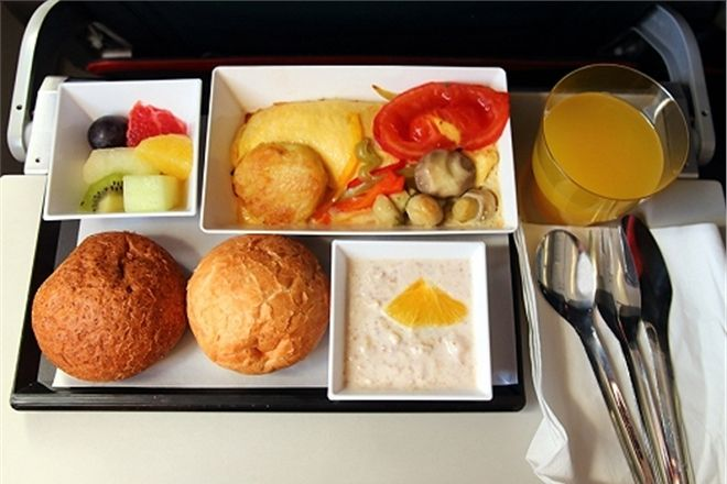 В самолетах перестанут кормить
