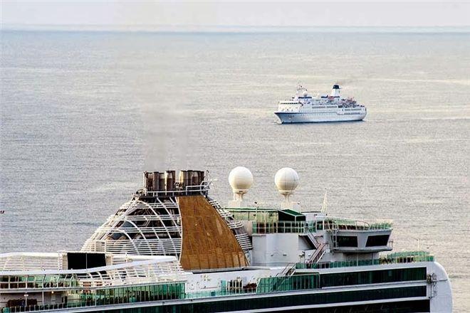 Ялта впервые приняла сразу четыре круизных лайнера