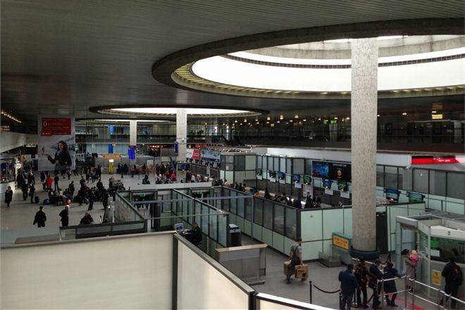 Пятимесячный ребенок погиб в аэропорту в Испании