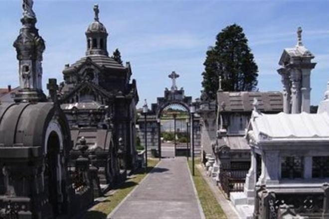 Испанская прогулка по кладбищам