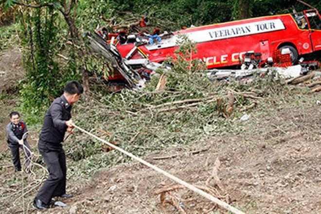 Посольство России подтвердило аварию автобуса с туристами в Таиланде