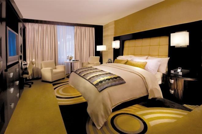 Стоимость номера в отелях Европы и США снизилась в ноябре