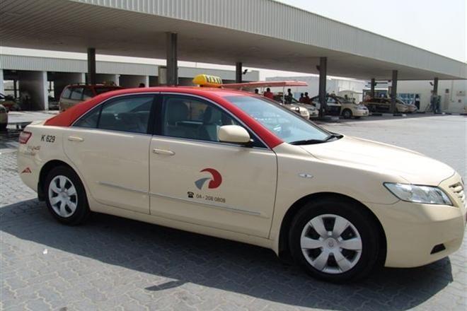 Дубайская корпорация такси пополнила свой автопарк 40 моделями VIP-класса