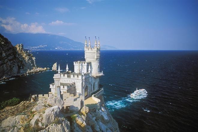 Первая группа туристов из Германии отдохнула в Крыму