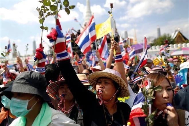От поездок в Таиланд из-за протестов отказались 300 тыс. туристов