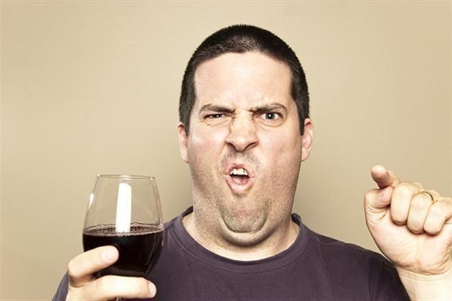 Украинец устроил на Гоа пьяный дебош