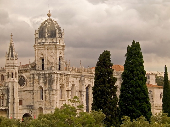 6 декабря в Португалии откроется Рождественский город