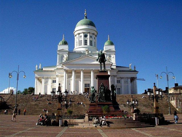 Хельсинки ждет на новогодние каникулы 100 000 российских туристов