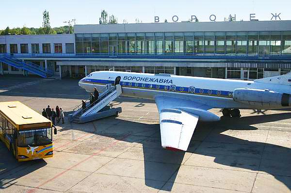 Воронежский аэропорт возобновил прием и отправку самолетов