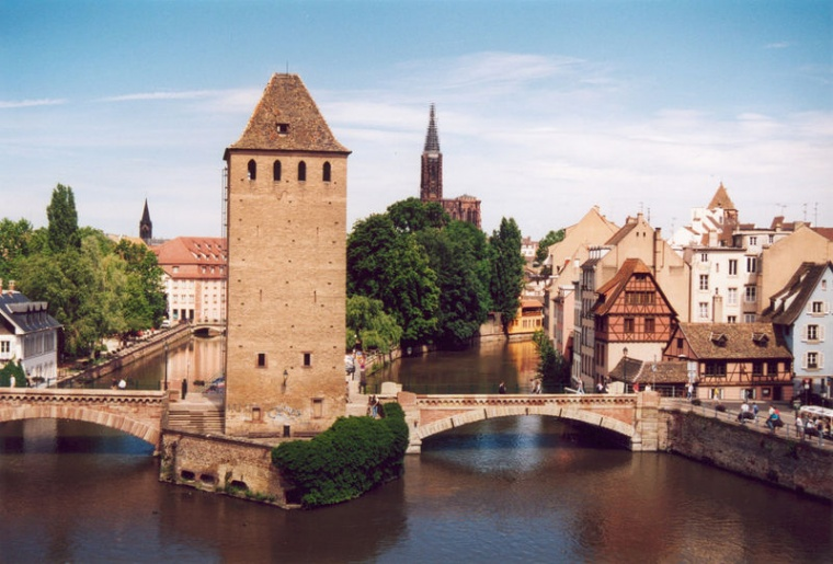 Рождественская ярмарка в Страсбурге признана лучшей в Европе