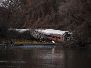 Потерпевший крушение в Нью-Йорке поезд превысил скорость почти в три раза