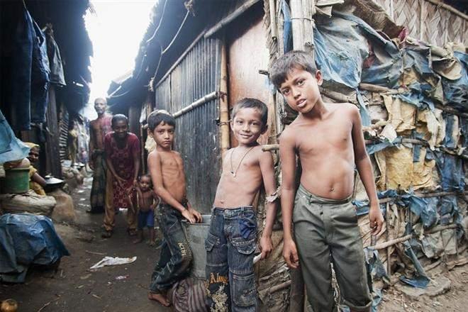 Туристы платят за то, чтобы пожить в нищете