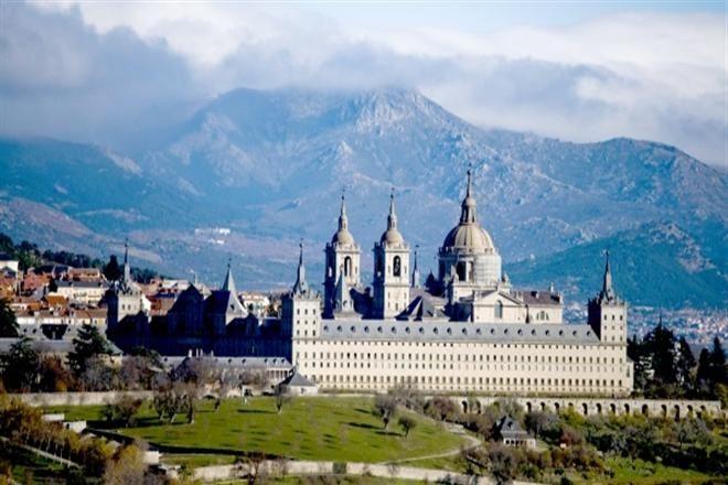 Топ-10 знаковых мест Испании