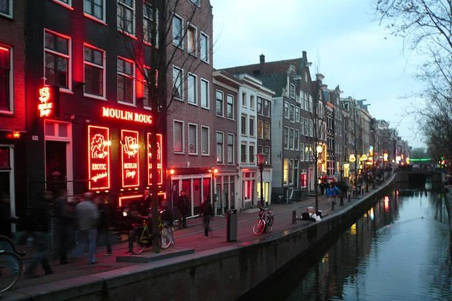 В Амстердаме на День святого Валентина будут заключать однодневный брак