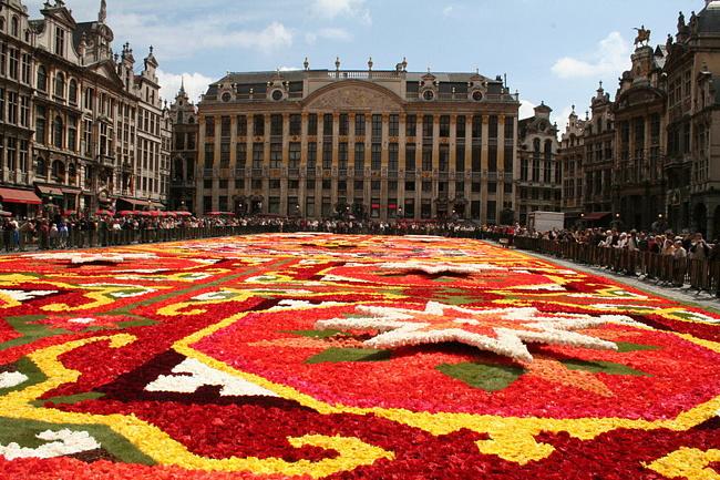 Площадь Гран-плас в Брюсселе реконструируют