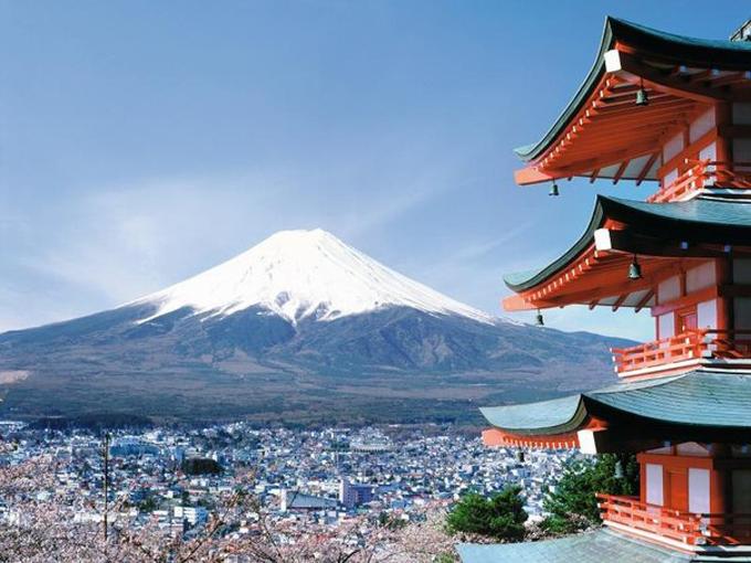 В Японии открыт самый высокий небоскреб страны