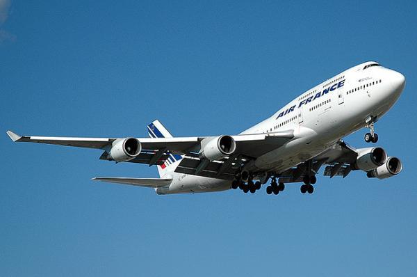 Французская авиакомпания Air France предложит безработным новые тарифы