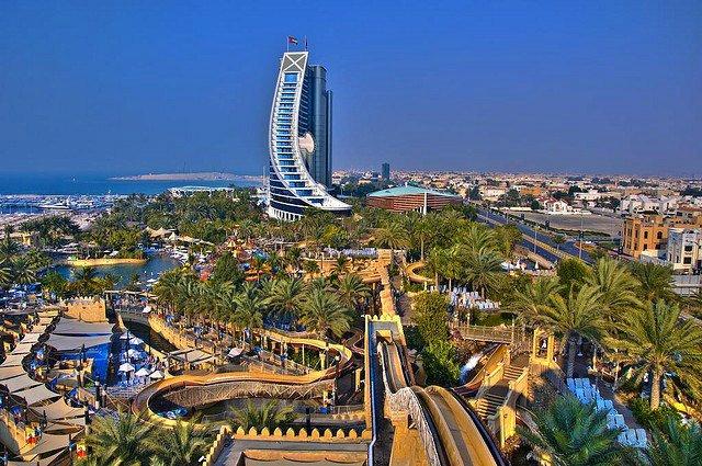 Подводный парк развлечений откроется в Дубае
