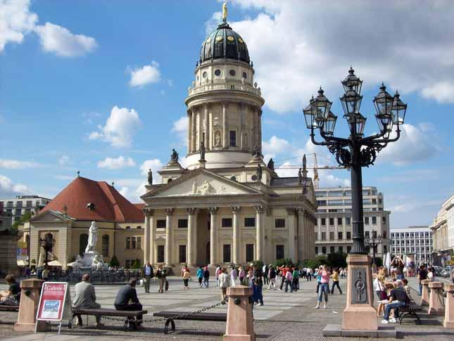 Германия введет ужесточенные правила для туристов