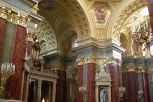 В будапештской базилике Святого Иштвана можно посетить концерт органной музыки