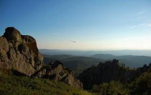 Туристы пропавшие на горе Синюха обнаружены в Алтайском крае
