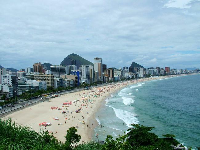Рио-де-Жанейро открывает первый нудистский пляж