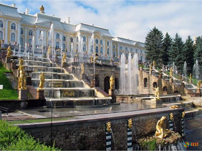 Ростуризм создает госкомпанию, которая займется популяризацией туризма в России