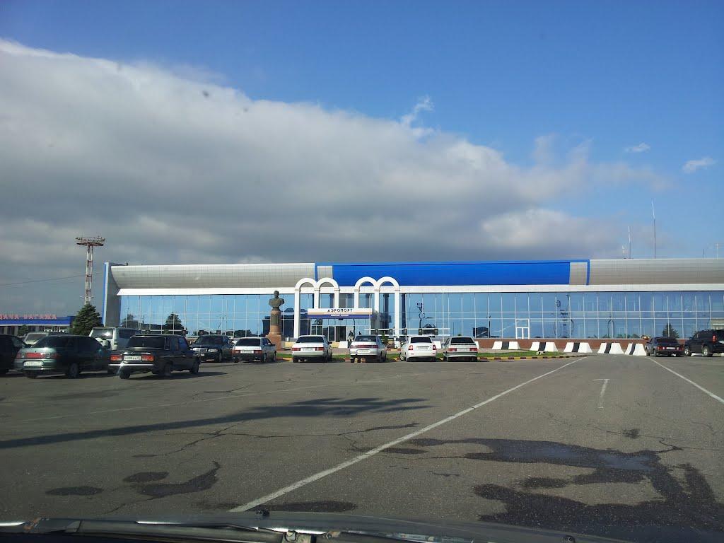 Названа дата окончания реконструкции аэропорта Махачкалы
