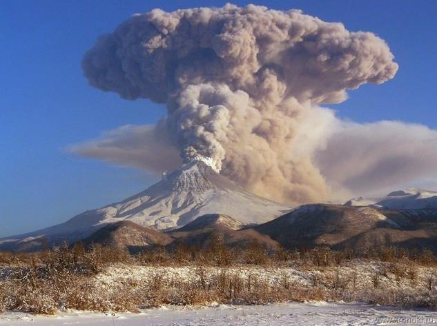 Туристам не рекомендуется посещать вулкан Шивелуч на Камчатке