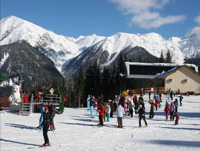 Власти Краснодарского края и Сочи подвели итоги работы горнолыжных курортов во время новогодних каникул