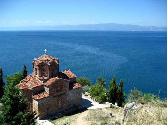 Македония отменила визы для российских граждан еще на год
