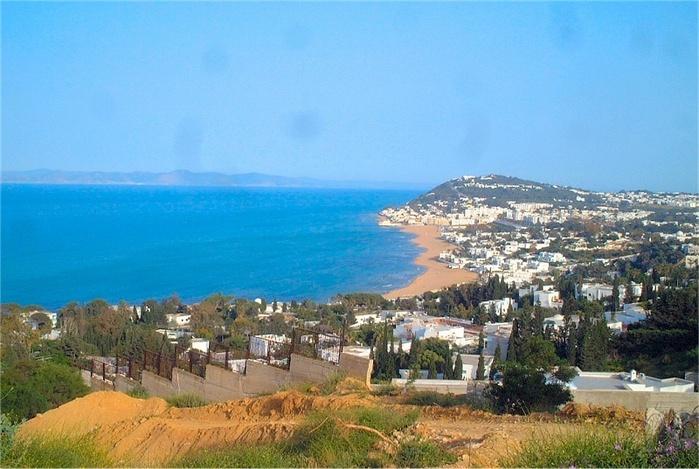 Круизные компании Costa Crociere и MSC Cruises приостановили посещение Туниса после теракта
